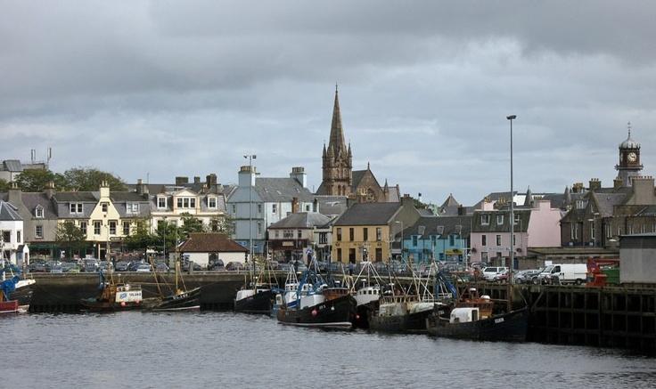 Stornoway, der Hauptort der Äußeren Hebriden in Schottland.
