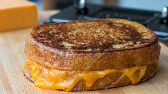 Brooklyn Brew Shop has brought the never-fail concept of cheese and beer pairing to life with a brown ale-soaked grilled cheddar cheese sandwich.