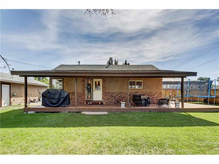 215 1 Avenue Black Diamond Alberta T0L 0H0. Black Diamond real estate listings & Black Diamond Black Diamond Real Estate Agents Tyler and Crystal Tost.