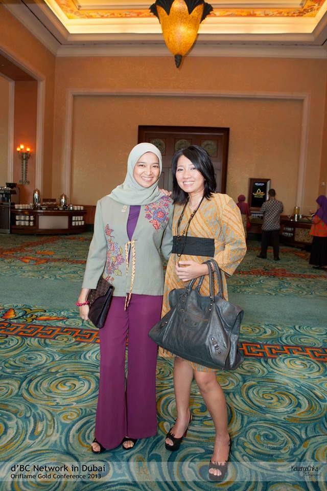 Bubu Sharah ( Ketua Umum d'BC network ) dan mb Dini Shanti ( founder d'BC Network ). Cantik...cantik...
