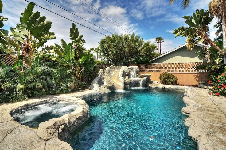Happy Daze!+Amazing Pool+Water Slide+Spa! Sale! - Houses for Rent in Anaheim, California, United States