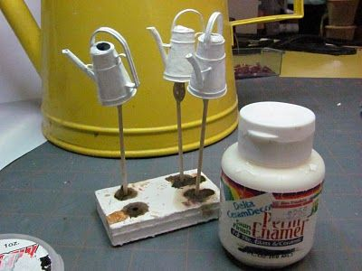 Dollhouse Miniature Furniture - Tutorials | 1 inch minis: How to make a mini watering can-LOTS of miniature tutorials on this site