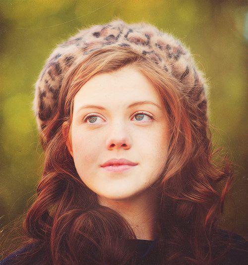 Georgie Henley she is so pretty
