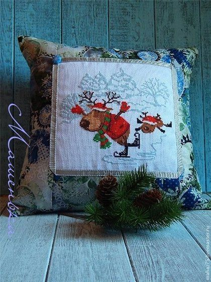 Подушка Новогодний подарок 2 - синий,Новогодняя подушка,подарок на новый год 2014
