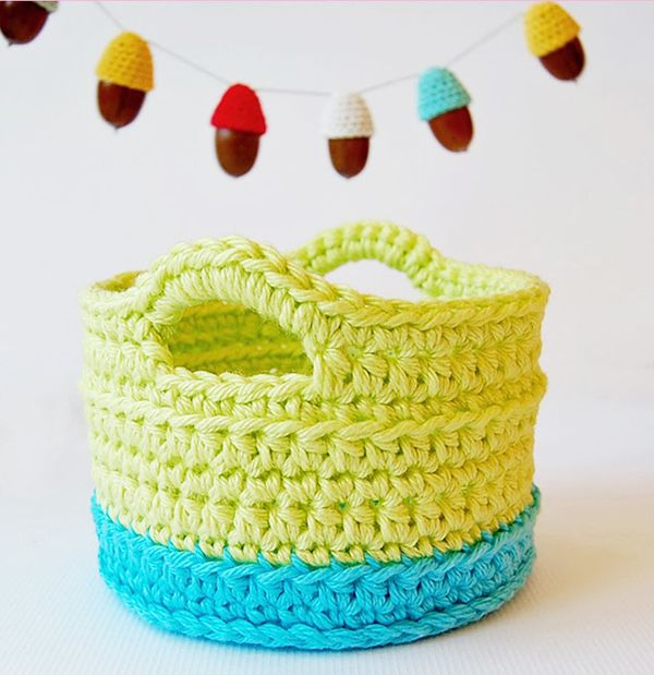 Crochet basket Free Crochet Patterns and Tutorials