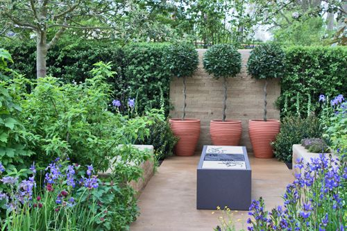 Flowerona blog: RHS Chelsea Flower Show 2013 – Sowing the Seeds of Change Homebase Garden by Adam Frost
