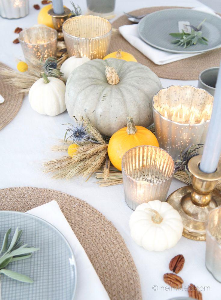 Herbstdeko zum Erntedankfest – Festliche Tischdekoration mit Kürbissen und Weiz …  – •. GEᗪEᑕKTEᖇ TIᔕᑕᕼ .•