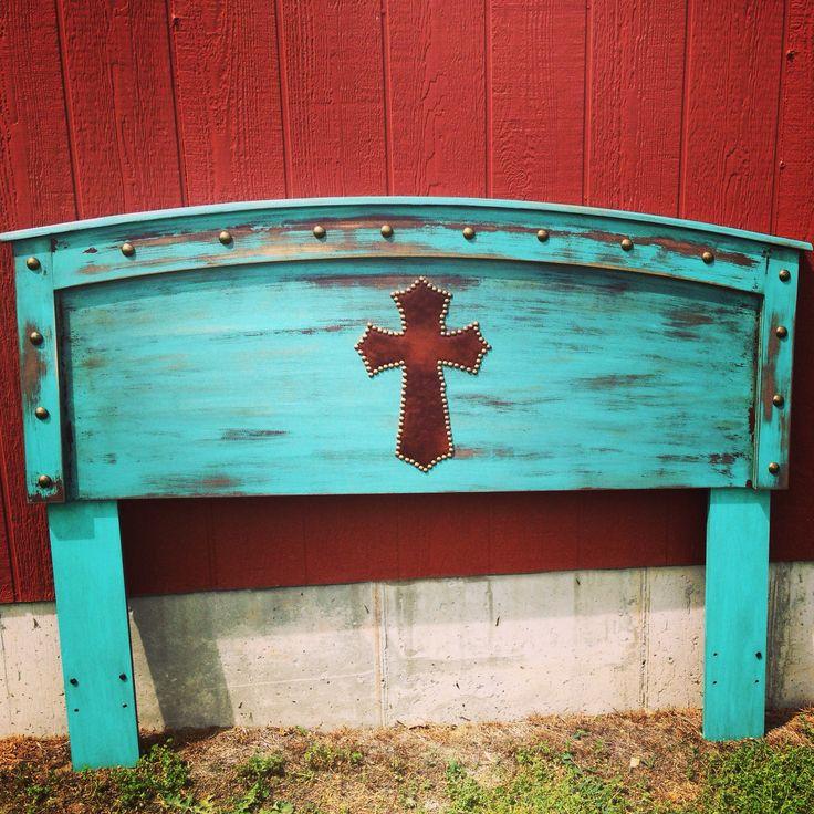 Western style turquoise headboard - Junk Love Boutique #turquoise #westerndecor #westernhomedecor #headboard