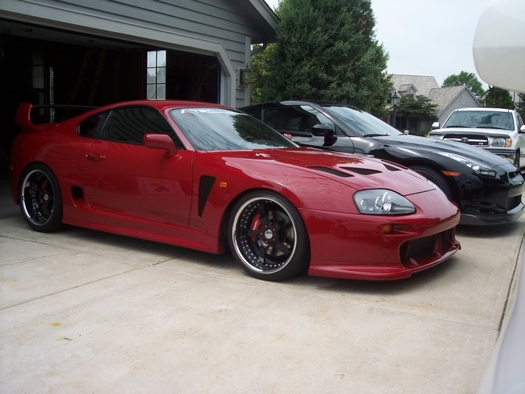 Pictures Of Cool Cars >> Red Toyota SUPRA and Black Nissan GT-R R35, Would love to own both of these Cars | Foreign cars ...