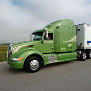 18-Wheeler Show Trucks   big hybrid rig the largest trucks on the road so called class 8 trucks ...