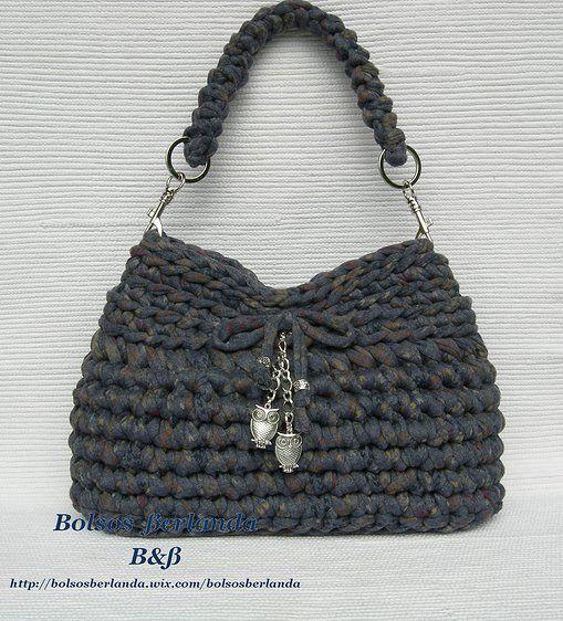 Bolsos de trapillo Berlanda, España, Colección http://www.bolsosberlanda.com/#!a03/cooh https://www.facebook.com/pages/Bolsos-de-trapillo-%CE%92%C3%9F/244288715729556?ref=hl