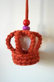 Free Crochet Patterns Zpagetti : Hooks for children: Free crochet pattern: Zpagetti Crown