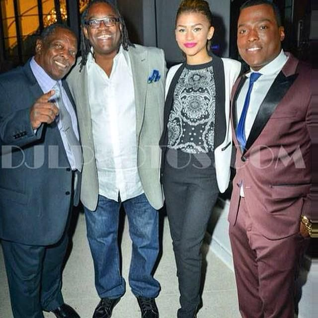officialwong: Won-g,s father Big McNeal pops, Zendaya dad Kazembe. Fathers looking after the...http://instagram.com/p/xw3tbWA2gh/