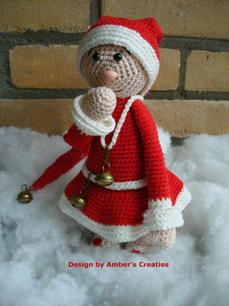Christmasgirl Amber. Dutch pattern is available.