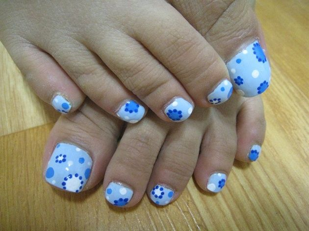 A part from finger nail designs, toe nail designs are also very popular  among women. London Beep choose 19 adorable toe nail designs photos and  ideas. - 173 Best Pedicure Toenail Art Images On Pinterest Pedicures, Toe