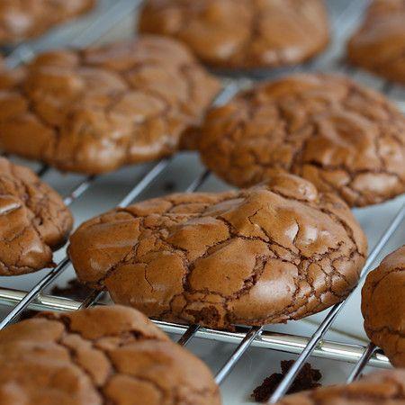 Liv Life: Godiva Iced Chocolate Truffle Coffee and Chocolate Espresso Cookies