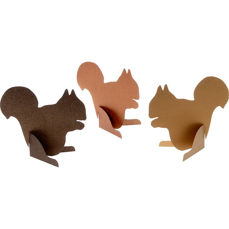 squirrel place cards-perfect for my Thanksgiving table
