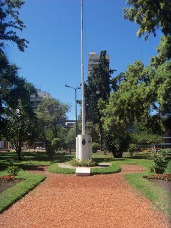 PLAZA DE LA MISERICORDIA BARRIO FLORES BUENOS AIRES...la plácida de mi colegio