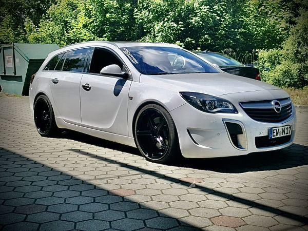 Opel Insignia Opc Kv1 Schwarz Glanzend In 2020 Felgen Fahrzeuge Hinterachse