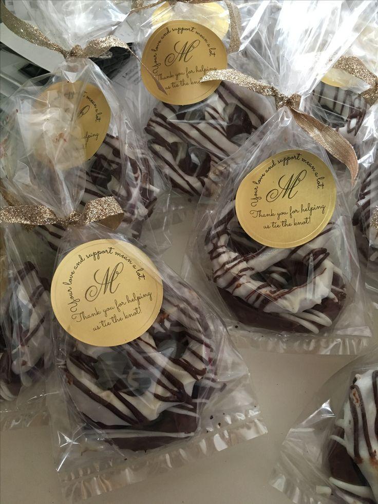 Chocolate Covered Pretzel Knots Wedding Favors #weddingphotos