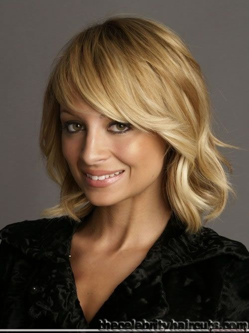 mediem hair styles 160 best hair cuts images on 3425 | 217a3c3425a9ccea7154d4b13b67f00b wavy bobs long bobs