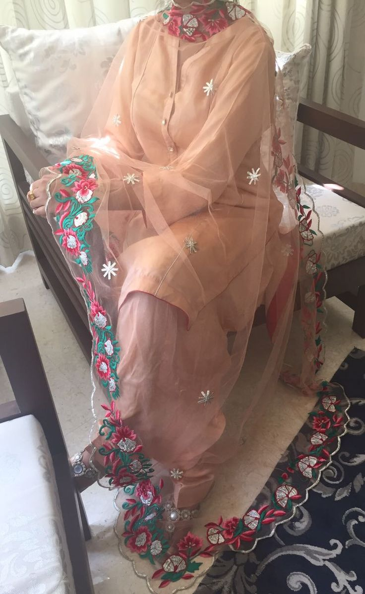 Beautiful dupatta by some1 really talented