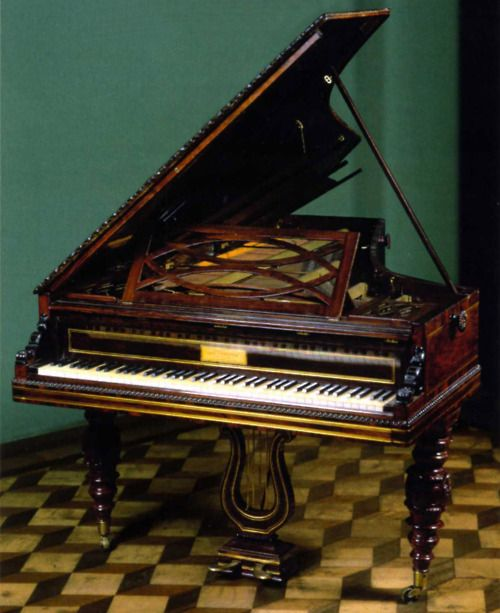 Pleyel Grand piano that once belonged to Chopin!!