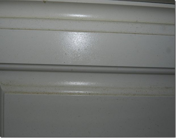 Cleaning grease off cabinets how to pinterest - How to clean grease on kitchen cabinets ...