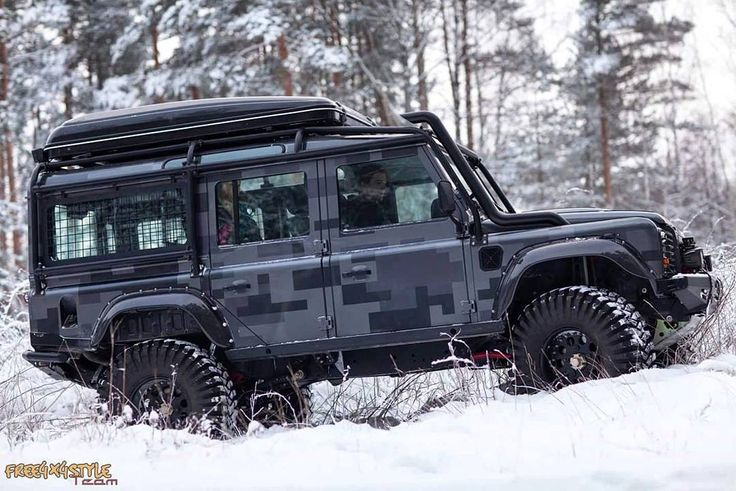 "Free4x4style Team started off year 2016 with a presentation of the new ambitious off road concept-car ""Camouflage Wolf"" Land Rover Tactical Defender Bi Turbo. The custom design hides completely rebuilt suspension and transmission. Underneath hood lives fully personalised engine control with 22 Bi Turbo. #free4x4style #defender #landroverdefender #defender110 #custom #building #latvian #4x4 #offroad #nature #landscape #rebuild #ландровер #дефендер #tactical #winter #snow #frost #tuning by…"