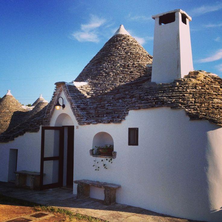 How to enjoy your vacation in Valle d'Itria. Check out the Love and Passport tips! A big thanks to @jeanettekramer  ;-)  #DiscoveringValledItria #Alberobello #Weareinpuglia #LaChiusadiChietri #AuraSylvaSpa