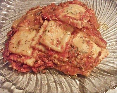Cheesy Baked Ravioli Casserole | Divas Can Cook