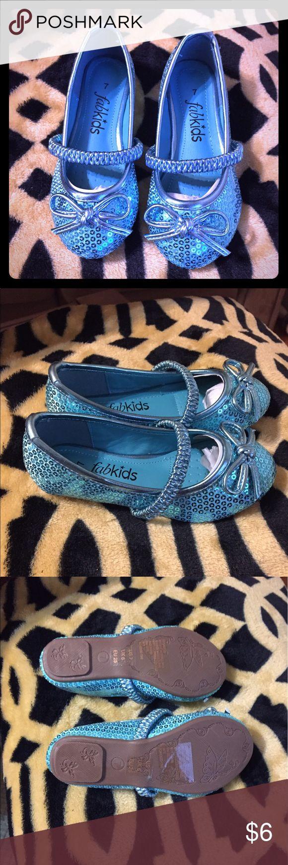Girls Blue Sequin Flats Justfab Kids little girls blue sequin ballet flats. Never worn. Size 7 fabkids Shoes Flats & Loafers