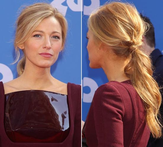 messy low ponytail of blake lively with blonde wavy hair extension clip in