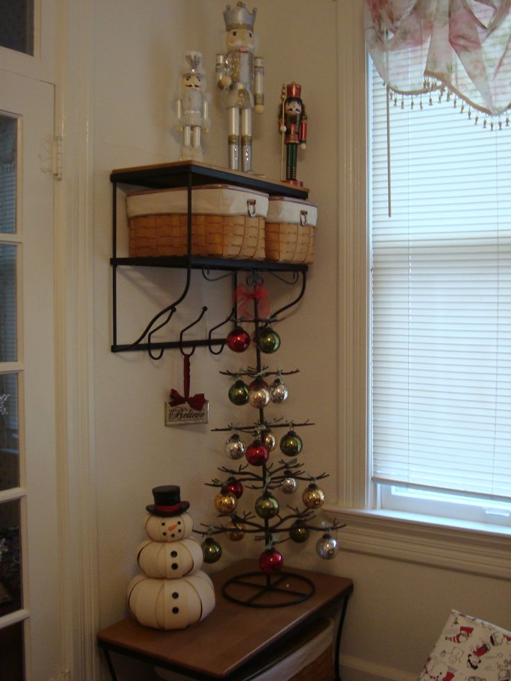 Mercury Glass Christmas tree with Longaberger Snowman and ...