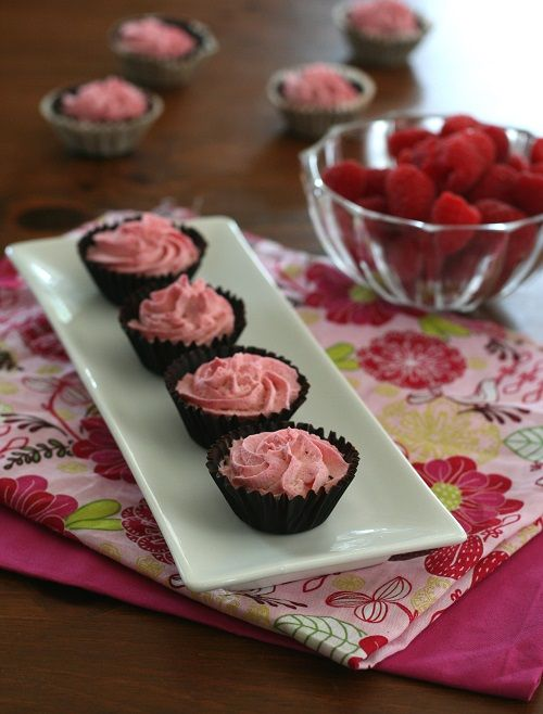 Low Carb Mini Raspberry Mousse Chocolate Cups - Each serving,  Total NET CARBS = 3g