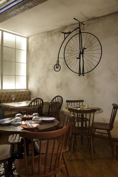 """PARA SIEMPRE"" wine & tapas bar / interior design / furniture design / concept / lighting"