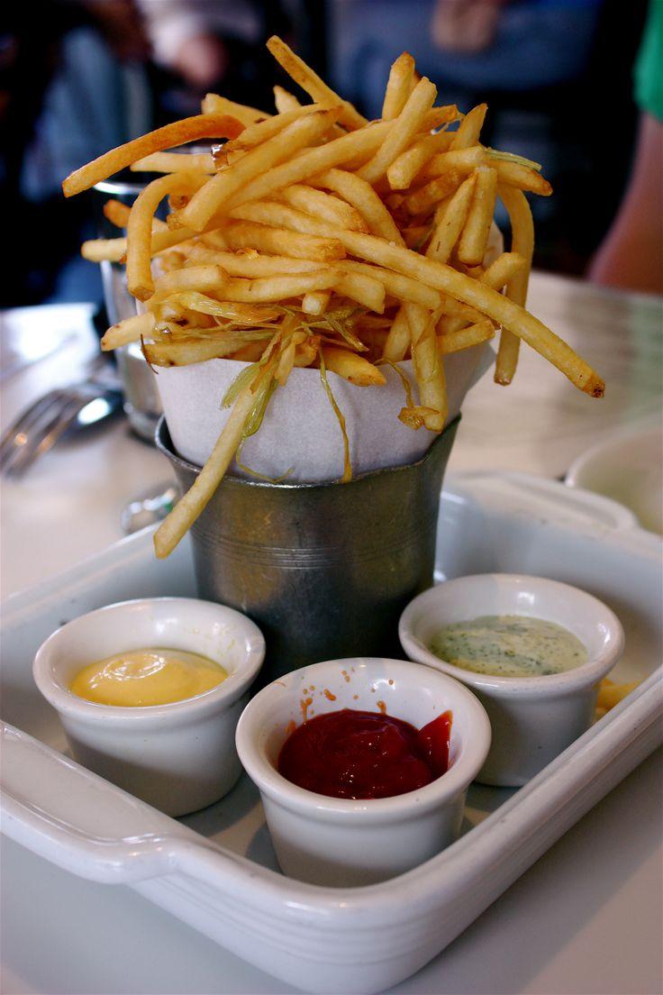 Frieten/ Frites/ French Fries