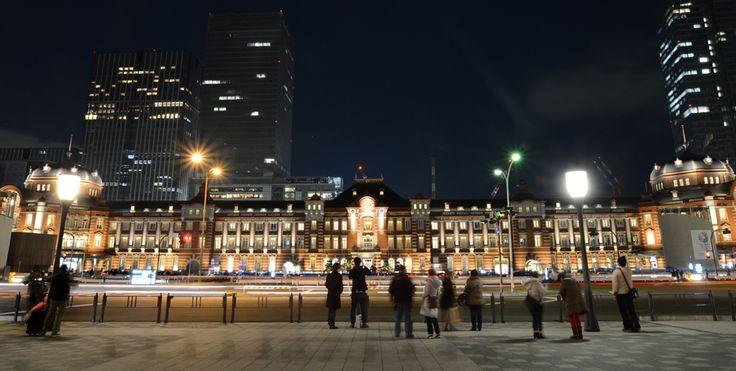 東京駅(駅前地下駐車場) | 写真展 東京の半世紀 -定点観測者としての通信社- 主催|公益財団法人 新聞通信調査会