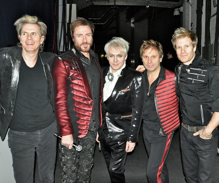 2011 tour photo. Huh. I never knew RT had a matching SLB jacket.