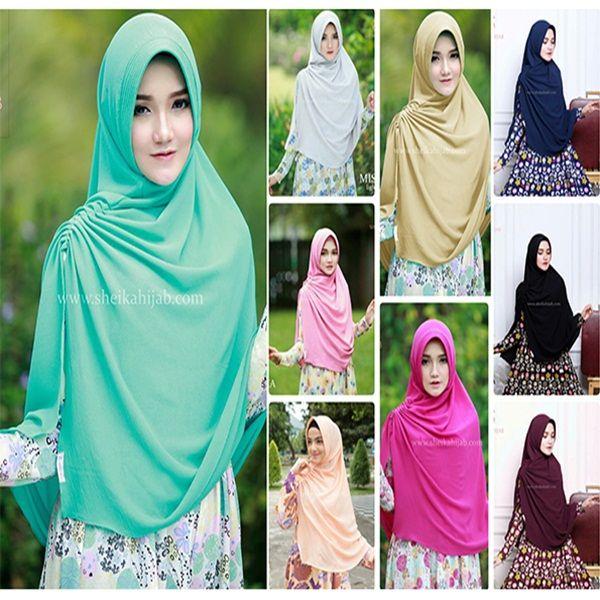 Hijab Syar'i Khimar Miska Fashion Hijab Lebaran 2017 yang didesain khusus untuk membuat wajah nampak lebih tirus. Praktis dan cantik, namun tetap syar'i