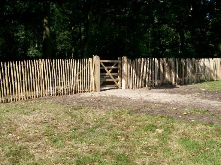 van Vliet kastanjehout  Frans hekwerk latafstand 4-5 cm - Europeeshout.nl