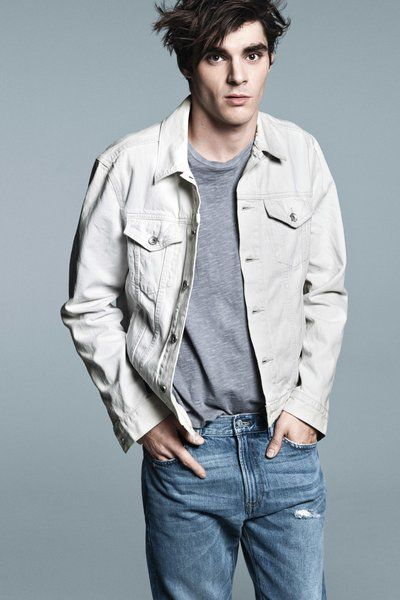 RJ Mitte. As soon as this AD came out for Gap, I was transfixed. He looks so dang handsome!