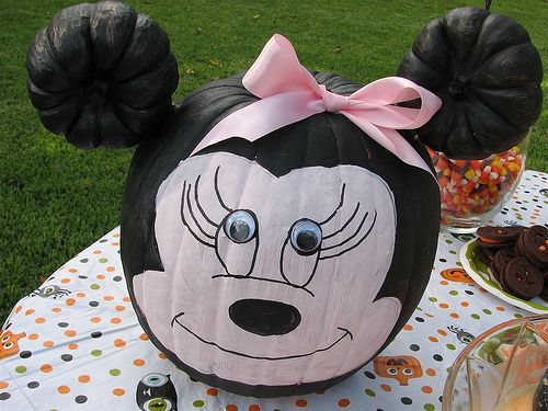 From Amy at Living Locurto - Minnie pumpkin - perfect for an October birthday...