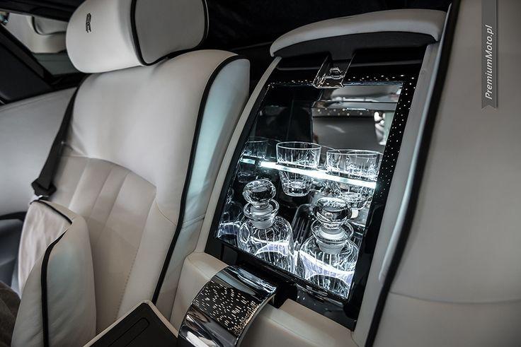 Rolls Royce lounge bar Geneva 2014 #rollsroyce #bar