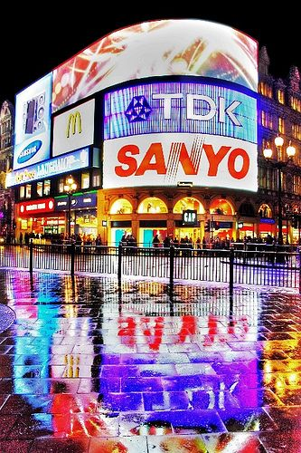 Piccadilly Square, London, England. Who knew advertisements could be beautiful?
