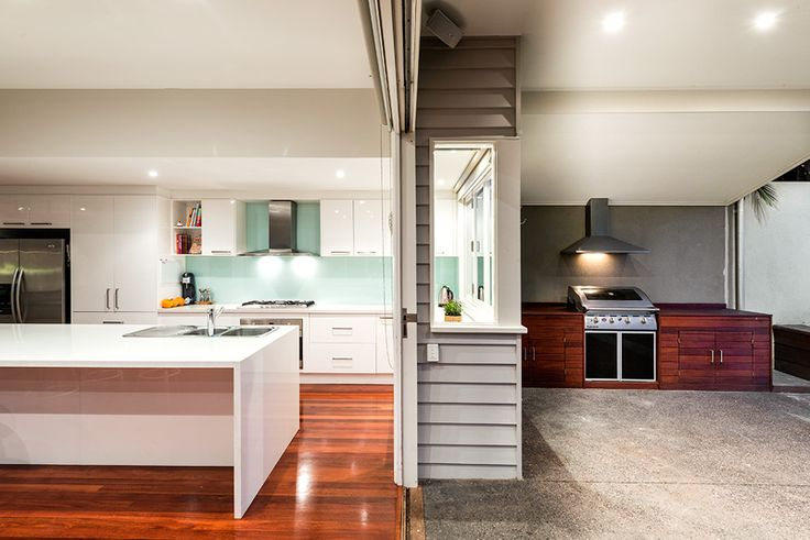 The indoors beautifully transitions to the external environment at 169 Douglas Parade, Williamstown. #entertaining