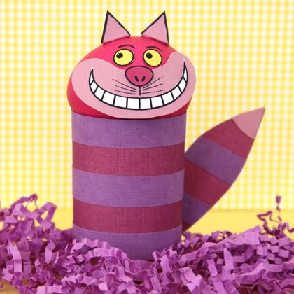 cheshire cat easter egg: Wonderland Parties, Disney Families, Cheshire Cat, Alice In Wonderland, Cat Crafts, Cat Easter, Easter Eggs, Eggs Crafts, Paper Crafts