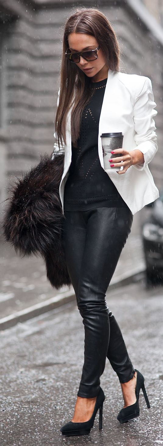 Black And White Urban Chic Outfit by Johanna Olsson
