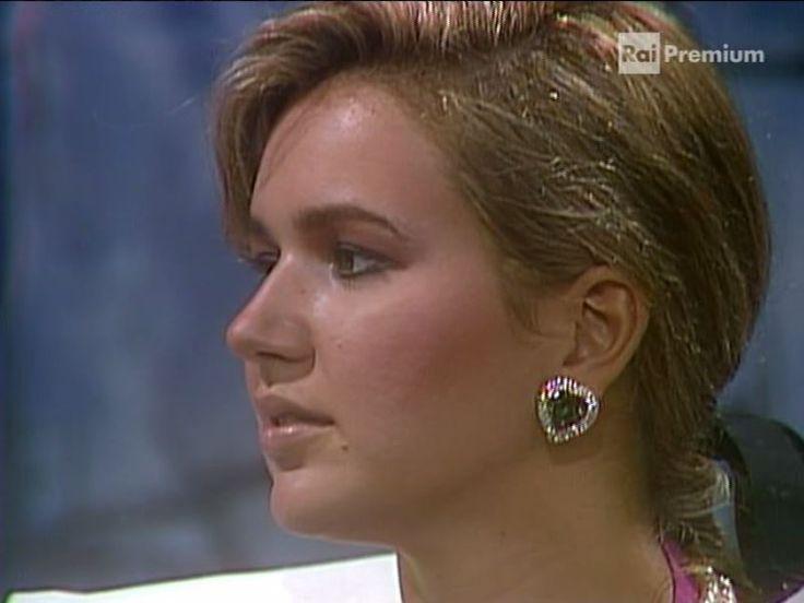 Gabriella Suarez - La Signora In rosa - Puntata 224 -