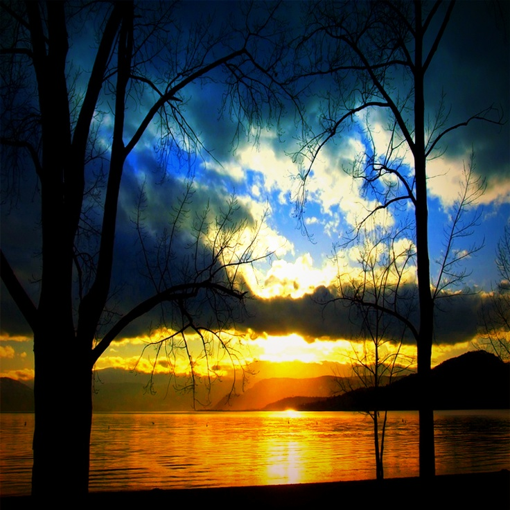 Sunset at Gyro Beach in Kelowna BC Scenery photography